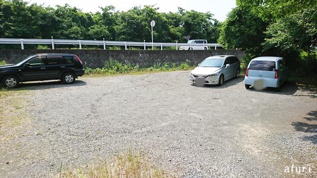 川入園駐車場